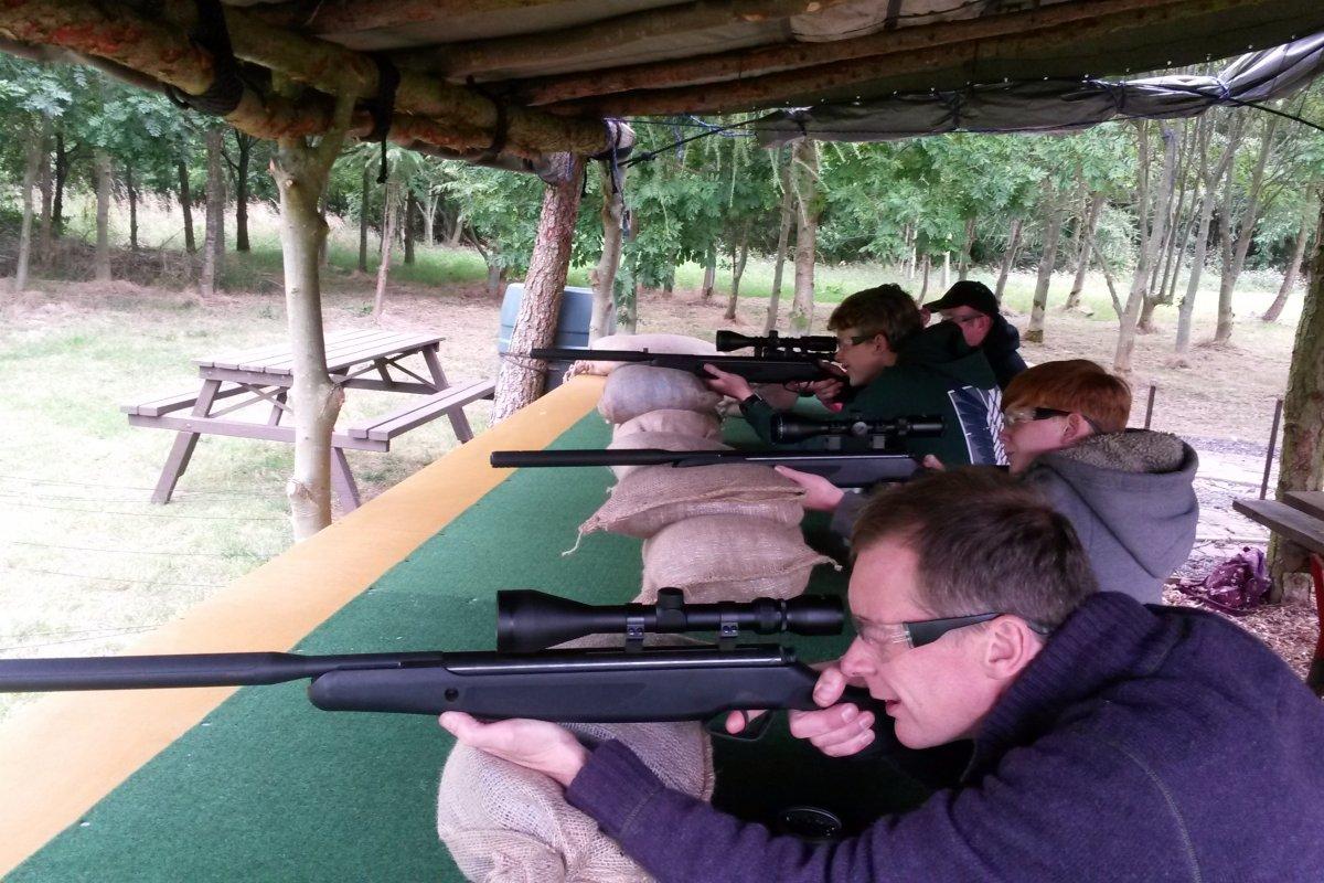 air-rifle-funfair-shooting.jpg