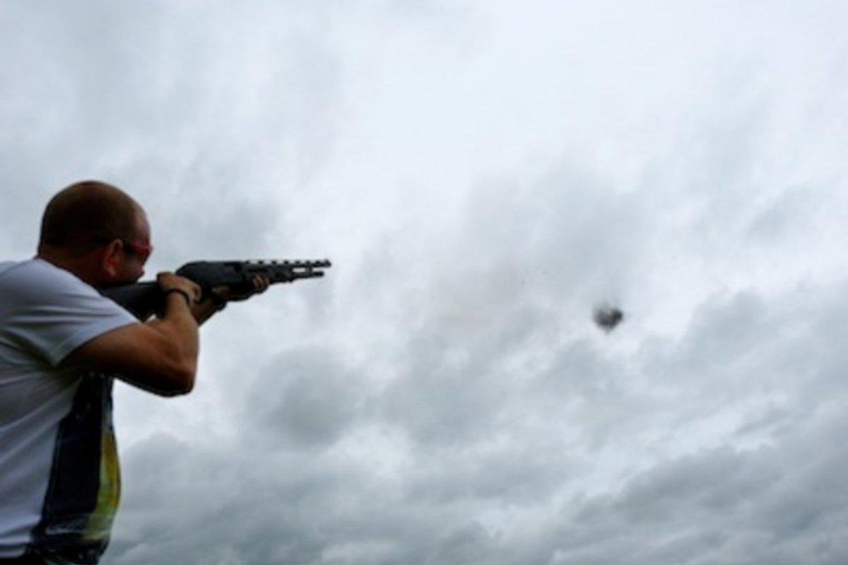 pump-action-shotgun-shooting.JPG