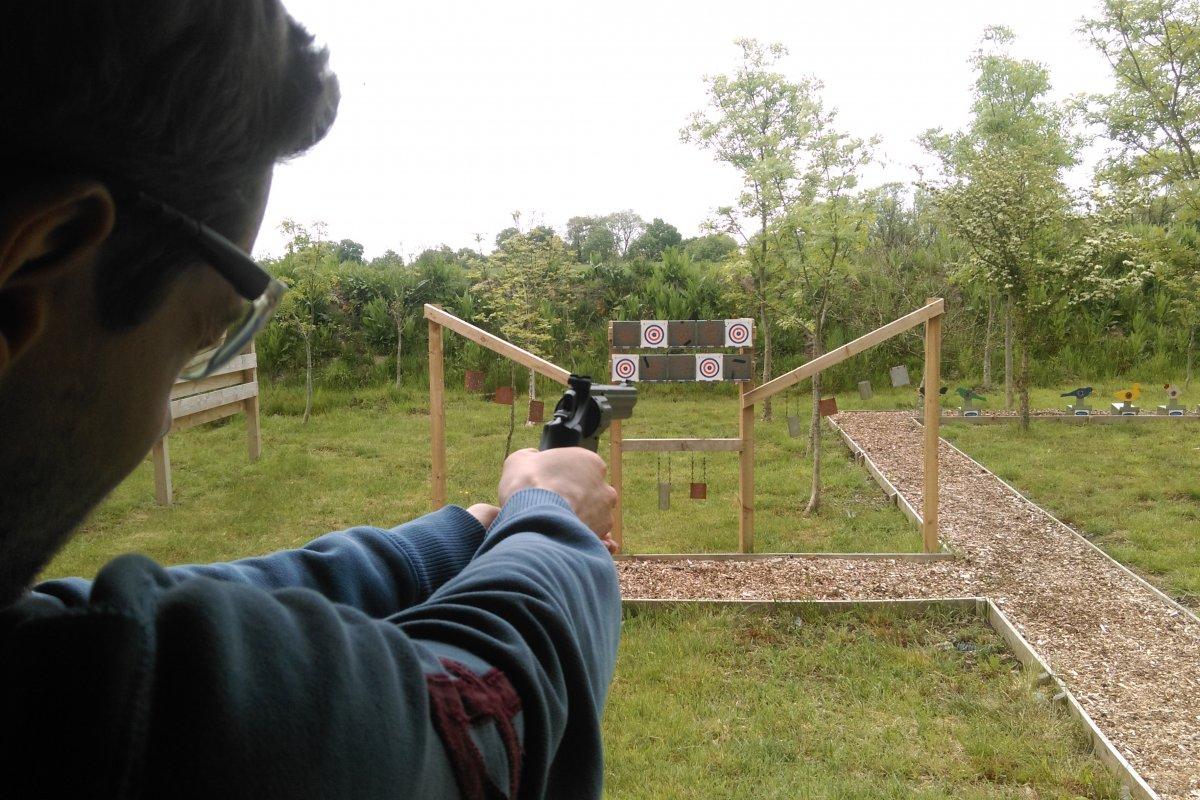 pistol-shooting-experience-days.jpg